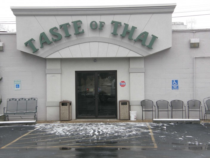 Taste of Thai Outdoor Sign